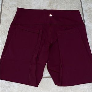 nwot Lululemon burgundy leggings: Size 14